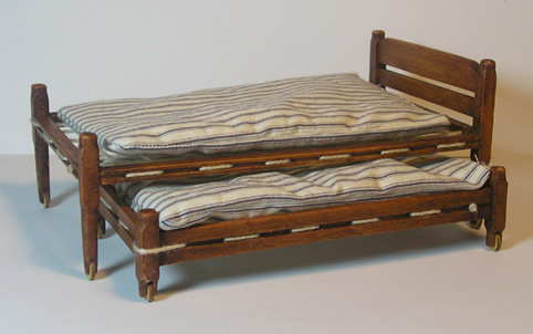 Miniature Shaker Trundle Bed  #37T